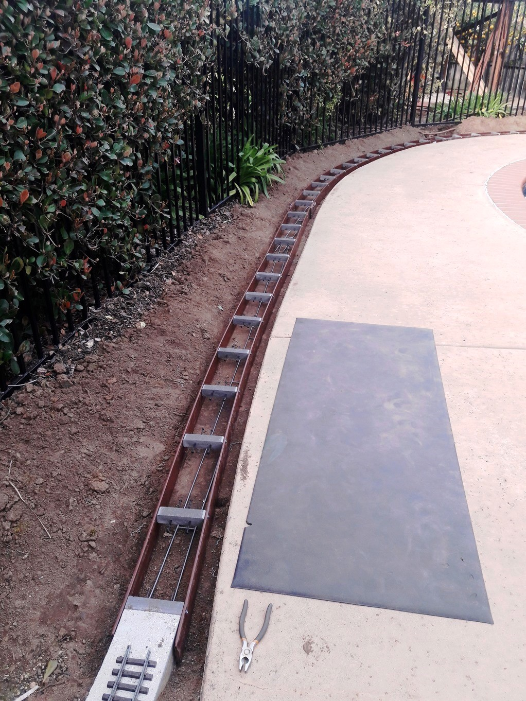A  Roadbed forms along pool